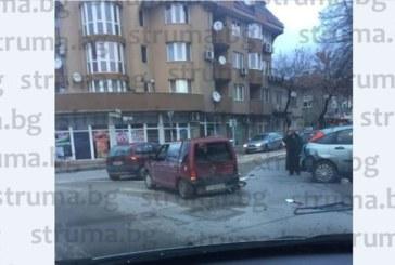 """Страшно меле на """"Джеймс Баучер"""" в Благоевград! Задръстването е огромно /снимки/"""