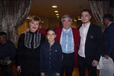 Над 120 гости вдигнаха наздравица за 65-г. на емблемата на благоевградските бохеми проф. В. Жечев