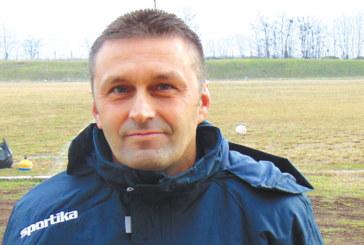 Треньорът на петричани Д. Бачков стана помощник на Малкия орел в националния