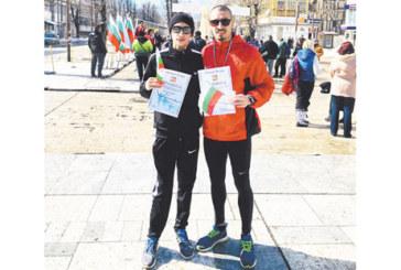 Братя от Благоевград с бонуси на крос в Мездра
