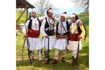 """Петричани загубиха фестивала """"Русалии"""", съветниците го погребаха заради приятел на ОбС шефа и съпруга на директорката на """"Култура"""" в общината"""