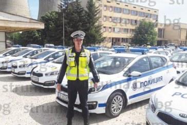 НА НИКОГО НЕ МУ СЕ РАЗМИНА! Полицай Иво Паунов е безпощаден, пише по пет акта на час