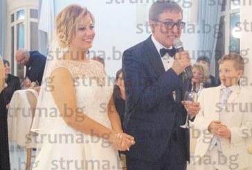 Хотелиерка от Банско се омъжи за италиански банкер, благоевградски диджей и дупнишки танцьори забавляваха 150 гости в Майори