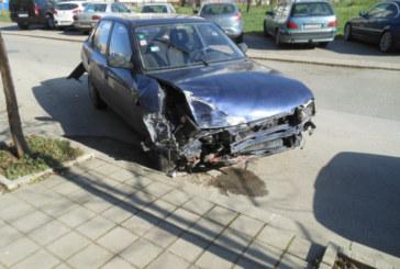 Пиян шофьор размаза жестоко 3 коли и офейка