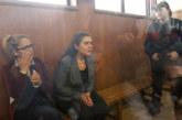 Големи болежки мъчат закопчаната кметица в ареста