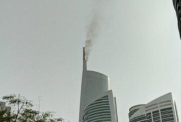 ОГНЕН АД! Гори небостъргач в Дубай