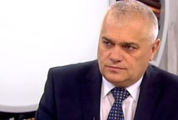 Министър Радев с горещта информация за издирваните затворници