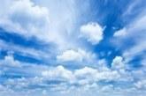 Облаци и слаб вятър днес