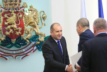 Политическото напрежение расте! Словесната престрелка между Цветан Цветанов и президента продължава