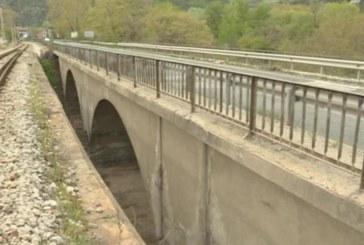 Шофьори алармират: Мостът на Е-79 преди Кресна е опасен! Експертите категорични: Пътувайте спокойно