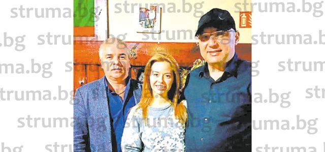 Шеф Манчев гостува в механата на благоевградски адвокат