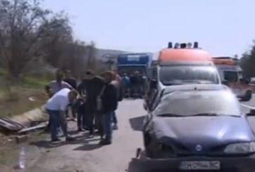"""СНИМКИ НА УЖАСА! Петима загинали, 20 ранени в  катастрофата с автобус на """"Юнион Ивкони"""""""