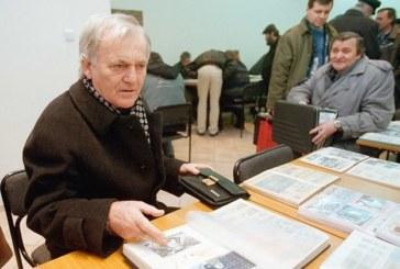 Милиционер обира Тончо Русев