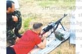 """Пиринските цесекари Бодуров и Десподов се отдадоха на стрелба с картечница преди мача с """"Ботев"""""""