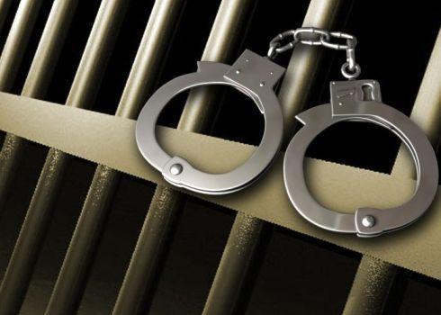 Оставиха в ареста обвиняем за убийство на съпругата си в с. Косово