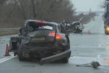 Жена загина в жестока катастрофа край Садово, двама са тежко ранени