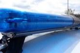 Полицаи спипаха шестокласничка с четирима голи младежи