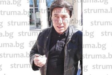 Таксиметров шеф и авера му удариха на камък с Калъмбов