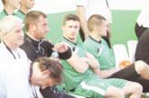 ХИТЪР ХОД ИЛИ ГЛУПОСТ! Футболист на орлетата си изпроси наказание на пейката за изритана топка, без да влиза в игра