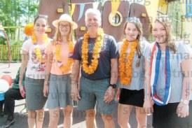 """Центърът на Кюстендил """"пламна"""" в  оранжево, холандски доброволци  честваха рождения ден на краля"""