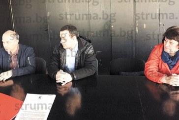 Бившата директорка на училището в с. Покровник Кр. Стойнева се отказа от 900 евро австрийска пенсия, прави частна занималня в общински офис в Благоевград