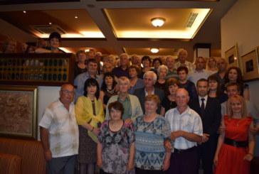 """33 двойки честваха """"златни"""" и """"сребърни"""" сватби в Сандански"""