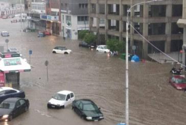 Мощна буря удави Солун