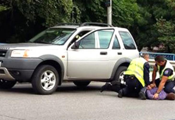 Зрелищна кражба! Задигнаха полицейска кола от паркинг на КАТ