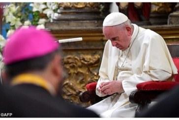 Пълен разврат в църквата! Десетки свещеници свалени от постовете им заради сексуално насилие