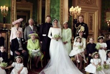 Първи официални снимки от сватбата на годината