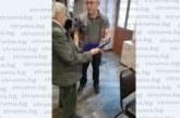 ПРИЗНАНИЕ! Археолог №1 на България дойде на крака в с. Полето да награди учителя Кирил Костурков за съхранение на древна находка