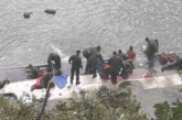 Автобус с военни падна в река, има загинали