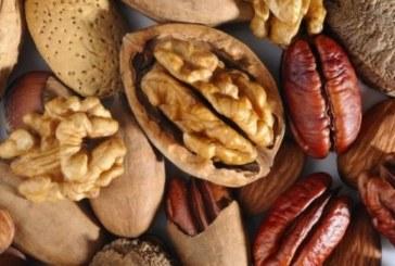 Изяжте 5 ореха и изчакайте 4 часа: Ето какво ще се случи с вас!