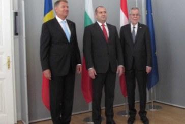 Президентите на България, Австрия и Румъния се срещнаха в Русе