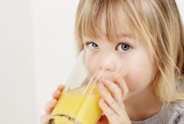 Не давайте на децата плодови сокове на закуска