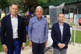 Зам.-министър Александър Манолев и кметът Кирил Котев дадоха старт на най-големия плувен турнир в България