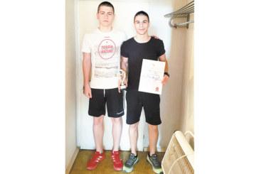 """Хандбалист на """"Интер"""" голмайстор №1 на държавните финали в Хасково"""