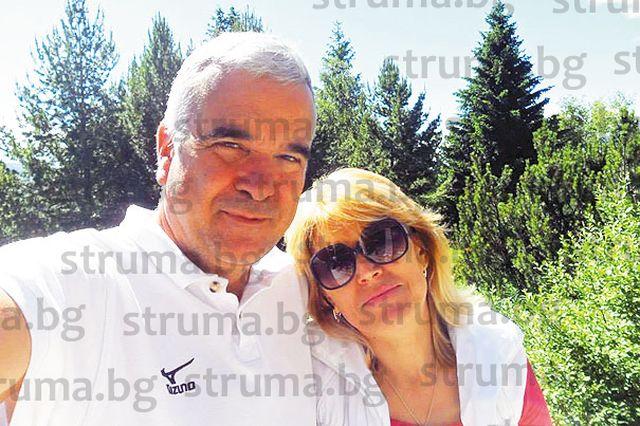 Плувен треньор №1 на България Н. Вакареев празнува 2 в 1 с най-близките хора в Сандански - рожден ден и годишнина от сватбата