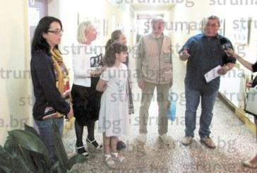 9-г. момиче от Кюстендил нареди самостоятелна изложба