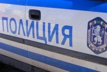 Камион на чистотата и два леки автомобила се сблъскаха край винпром