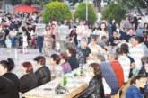 Райна пя пред стотици, изпълни площада за празника на евроселото Черниче