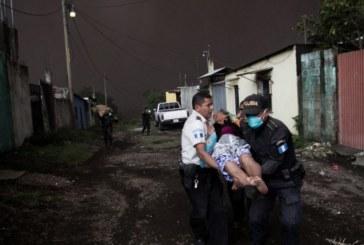 Разрушения, загинали и много ранени след изригването на вулкан в Гватемала