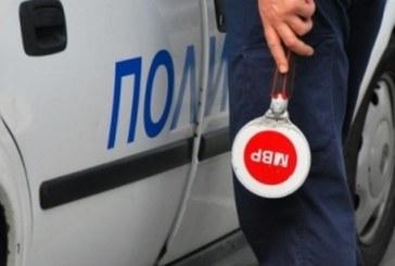 Тираджия се опъна на ченгетата край Сандански, не дава документи, тръгна си без разрешение