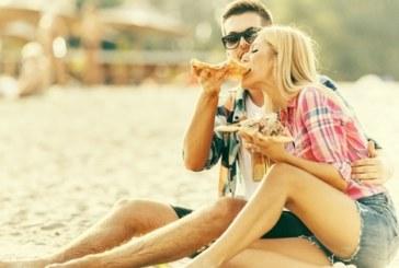 Избягвайте тези храни на плажа