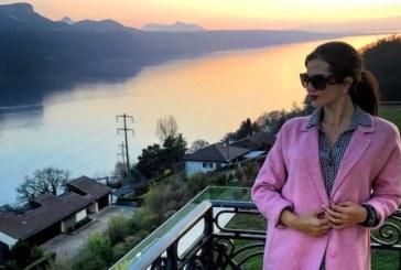 Райна замина за Швейцария, води и гаджето