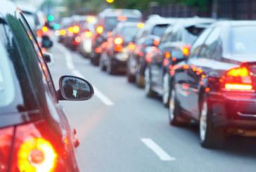 Катастрофа затруднява движението по пътя София-Ботевград