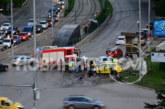 Жестока катастрофа с такси в София, има ранени