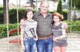 Украинка, избягала от войната и създала семейство в Гърмен, застрашена от екстрадиция заедно с дъщеричката си, българските власти им отказват статут
