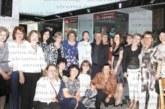 Съученици от НХГ се събраха 40 г. след завършването, Н. Стоева почерпи за първо внуче