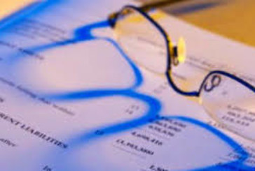 Общинарка се оплете в опасна схема за измами